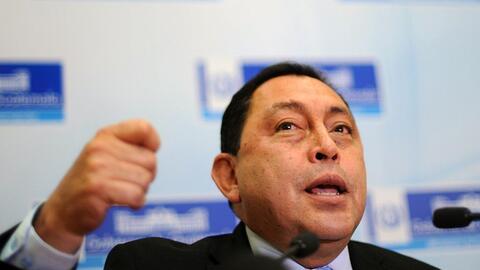 El exministro guatemalteco Mauricio López Bonilla es requerido por la ju...