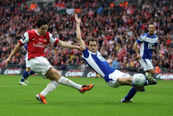 Los 'Gunners' no contaban con Cesc Fábregas y Theo Walcott por lesión.