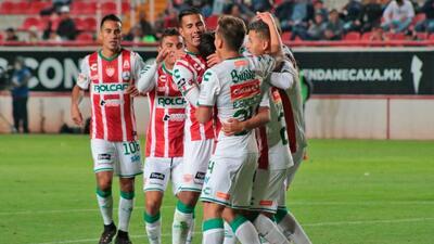 Necaxa goleó 5-0 a Zacatepec