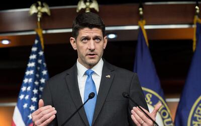 El líder de la Cámara de Representantes Paul Ryan despu&ea...