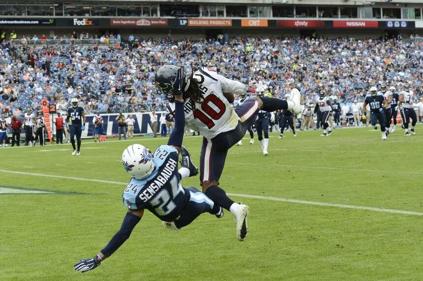Las 117 yardas y un touchdown en siete recepciones de DeAndre Hopkins lo...