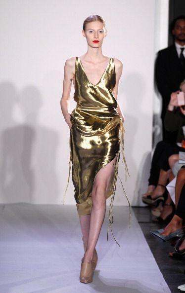 ¡La moda metalizada llegó para quedarse este 2014!, ¿te imaginas deslumb...