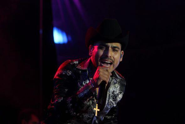 El cantante Espinoza Paz se presentó en la plaza grande de la ciudad de...