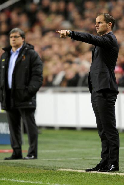 Frank De Boer, un ex jugador del Barcelona, le ganó la partida al 'Tata'...