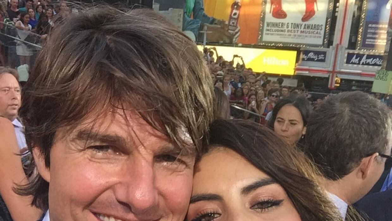'Bueno, aquí está la foto que estaban esperando con Tom Cruise'.