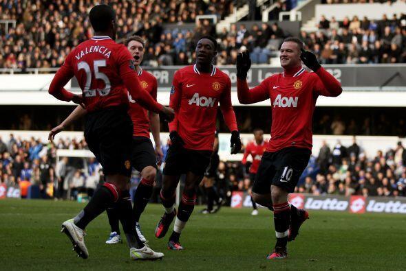 Pero todos felicitaron a Antonio Valencia, pues el ecuatoriano fue quien...