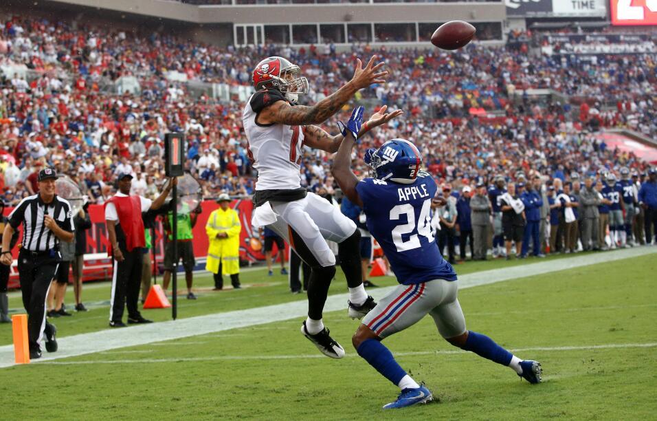 Los Seahawks despiertan y aplastan a los Colts en casa giants-23-25-bucc...