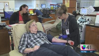 Banco de sangre conmemora el 9/11 con playeras para donantes