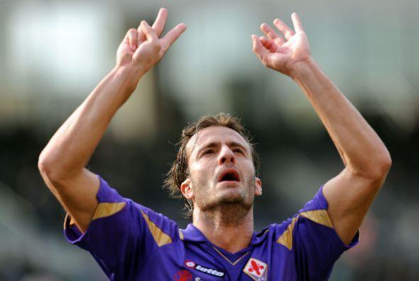 Alberto Gilardino abrió el marcador en favor de la 'Fiore', pero ni eso...