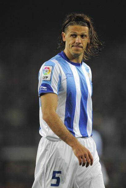 El experimentado central llega a la Liga española desde el pasado torneo...