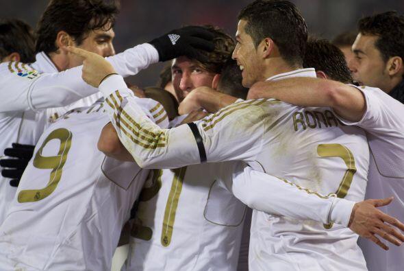 Real Madrid festejaba y seguía como líder de la Liga.