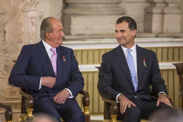 Desde que el Rey Juan Carlos abdicó al trono en favor de su hijo Felipe...