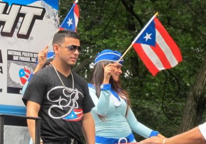 """En el 2011 también, Tito """"El Bambino"""" quedó atónito en el desfile."""