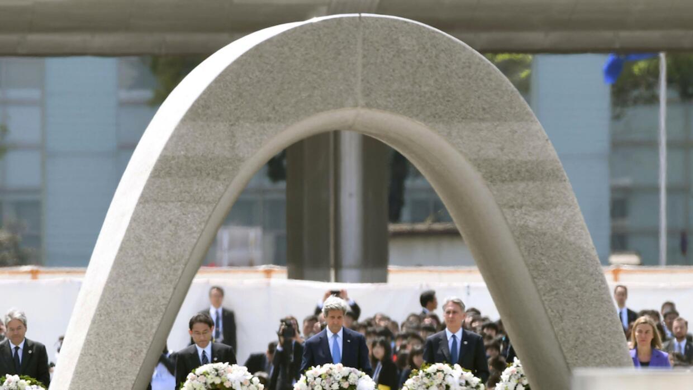 Kerry visita el memorial de las víctimas de Hiroshima
