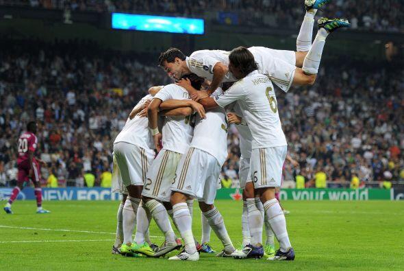 Los merengues golearon al Lyon, quedaron cerca de la clasificación y dej...
