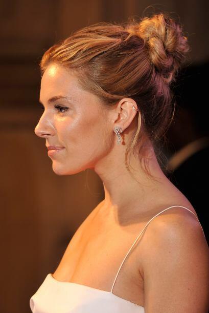 Sienna Miller nos ha demostrado que con su rubia cabellera puede hacer l...