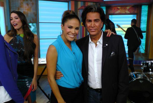 Karla se declaró la fan número uno de este gran cantante.