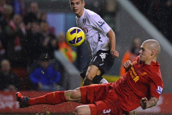 El jugador del Liverpool también lució en el duelo con Ful...