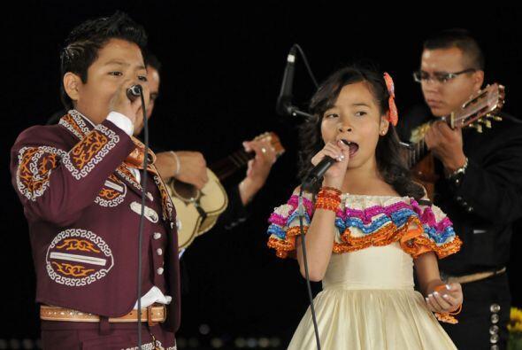 Magaby y Miguel Ángel hicieron un dueto en el que se lucieron sus voces