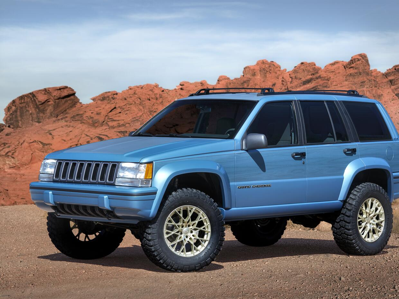 Jeep CN017_003JPb23jn6dehsl0n0vrqjo4ufu4qj.jpg