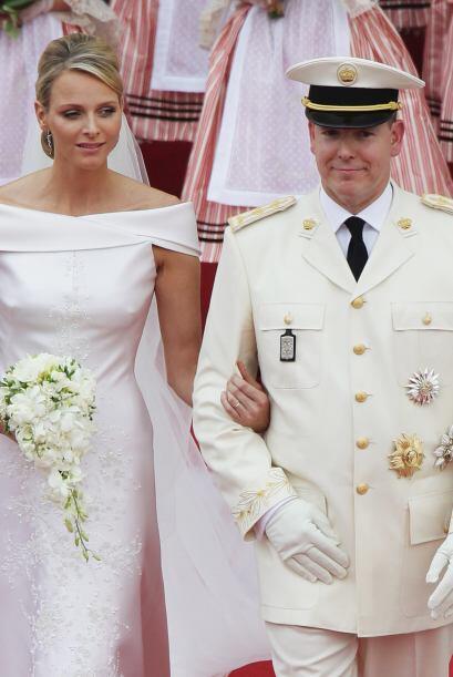 """""""El príncipe y la princesa de Mónaco están encantados de anunciar el emb..."""