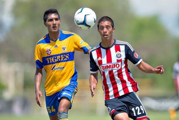 """Aun las Chivas mantendrán al menos un """"extranjero"""", pues si bien Miguel..."""