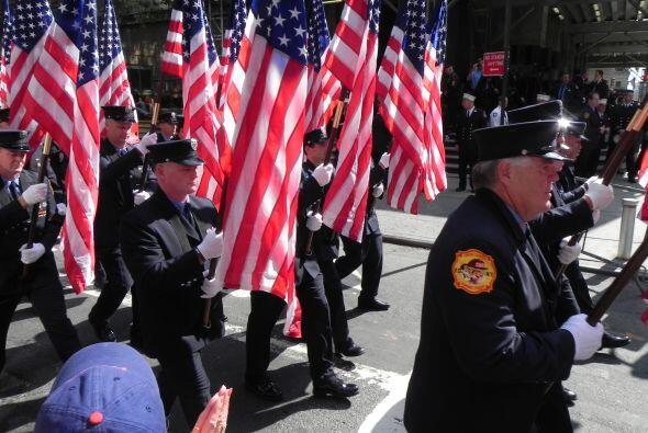 Bomberos del 9/11 honrados en San Patricio 40e4c2b2a0f2447792d555105ba0b...
