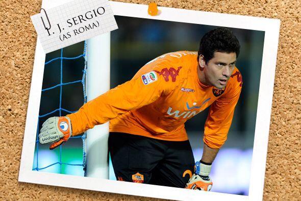 En la portería, el arquero brasileño Julio Sergio tuvo una brillante act...