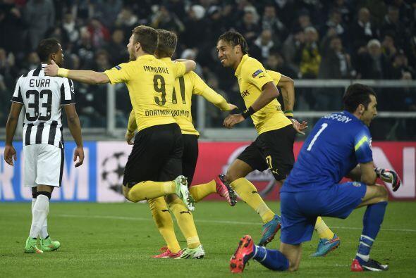 El delantero alemán no perdonaría a la Juventus y con un potente disparo...