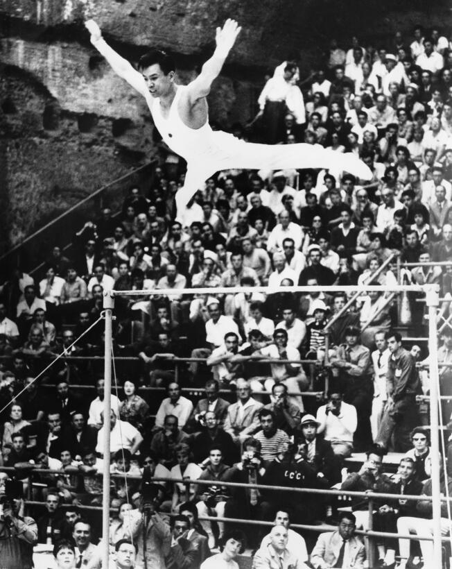 8. Takashi Ono (Japón/gimnasia artística) - 13 (5 oros, 4 platas, 4 bron...