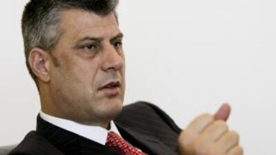 primer ministro kosovar, Hashim Thaçi, se encuentra en medio de la torme...