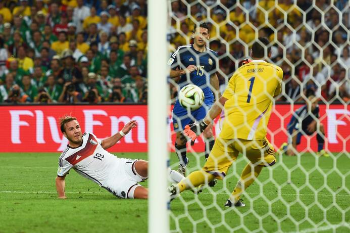 Los 'Ricky Ricón' del fútbol: jugadores que surgieron de familias adiner...
