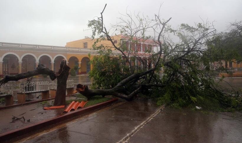 Hurricane Irma hits Cuba hard causing major flooding 636405697157364907.jpg