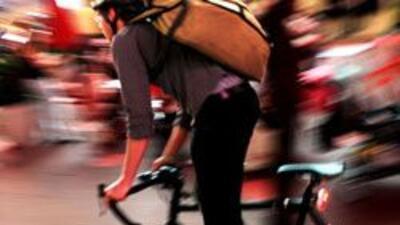 Una mujer sin licencia atropello a un ciclista de 16 a?os en el area del...