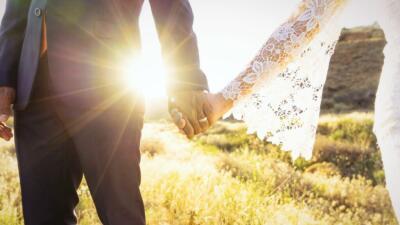 Anuncian cambios en el trámite de inmigración para residencia a través del matrimonio