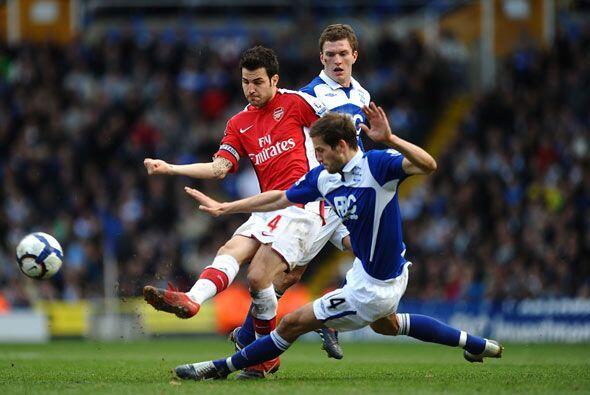 El Arsenal no pudo con el Birmingham y se conformó con un empate a un gol.