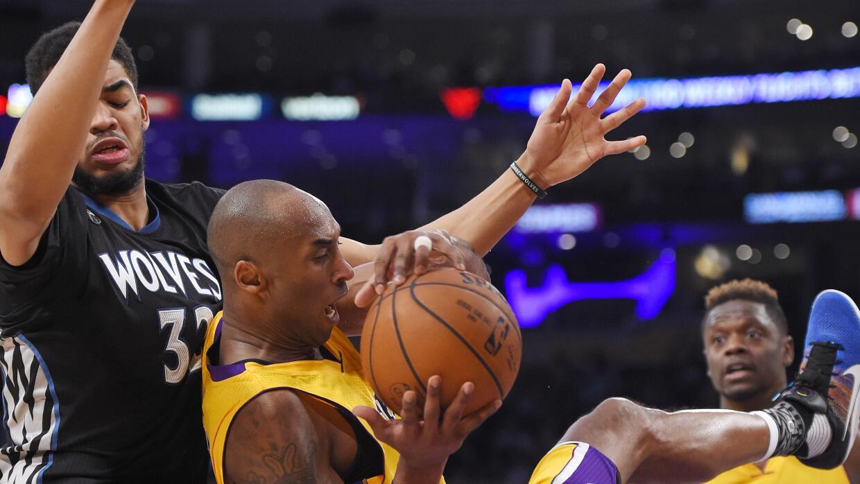 Kobe Bryant encestó siete triples.