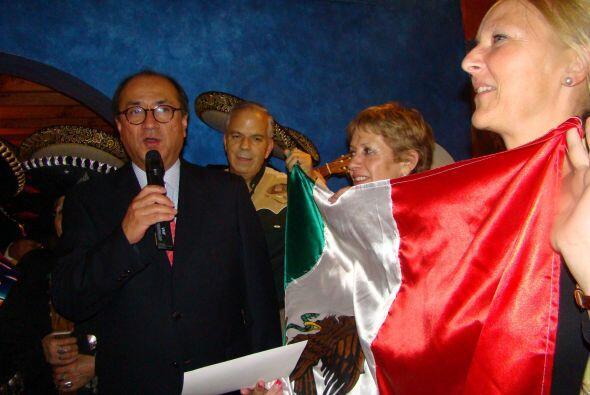 """En las embajadas de varios países también se celebró """"El Grito""""."""