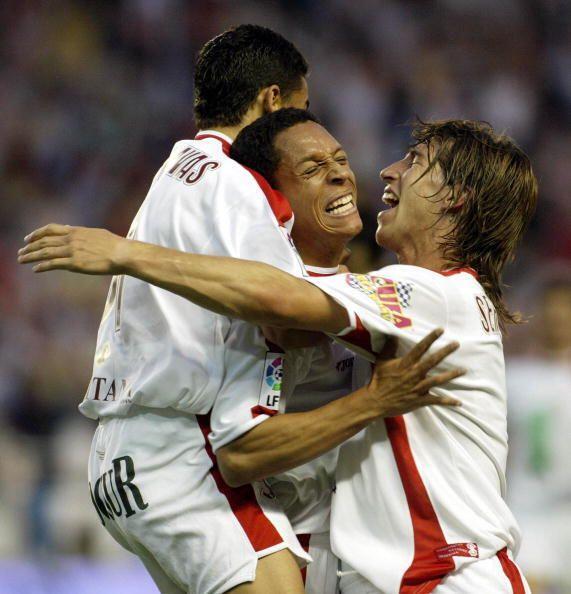 Tambien en el Sevilla se juntaron con Dani Alves y Navas, el hoy Barcelo...