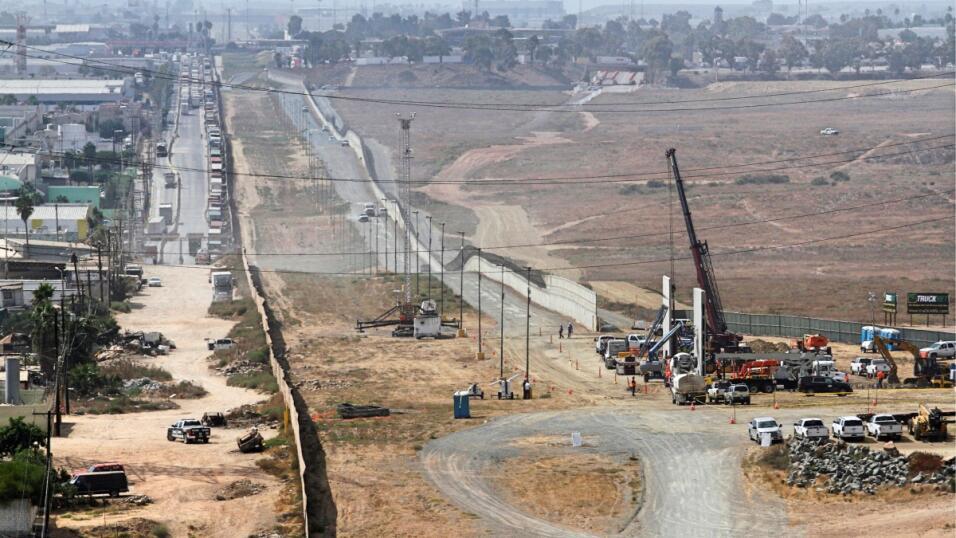 Muro fronterizo prototipos
