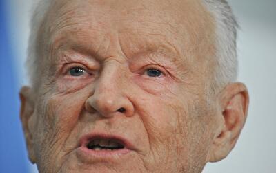 Brzezinski durante su participación en un foro en Washington en 2...