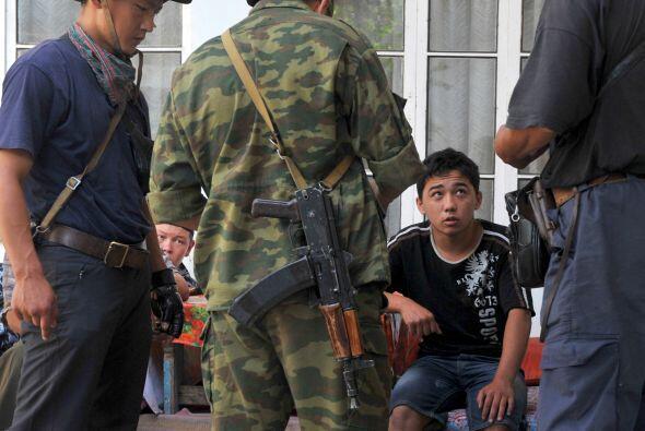 Uzbekistán. El gobierno del presidente Islam Karimov mantiene una mano d...