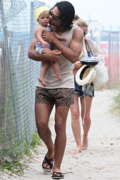 ¡Su bebé lo trae loco! Todos sobre el Mundial de Brasil 2014.