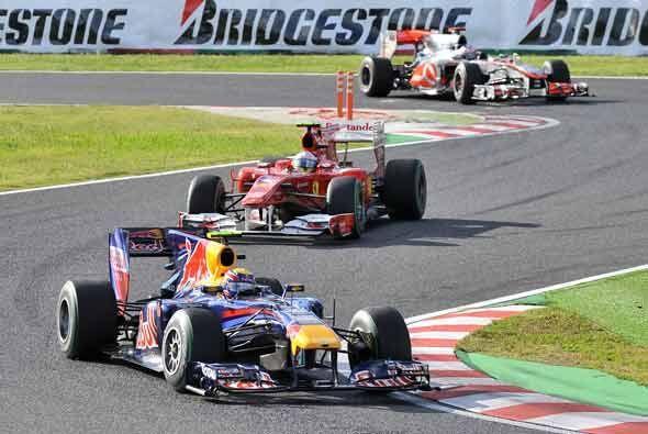 Alonso logró acercarse un poco a Vettel rumbo al final de la carrera, pe...