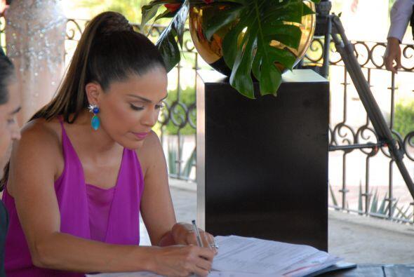 Karla Martínez también firmó el acta, nadie mejor que ella para saber el...