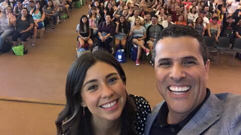 Yovana Mendoza y Marco Antonio Regil hablaron a los asistentes a la feri...
