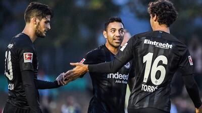 Y no lo querían: Marco Fabián reapareció con el Eintracht y marcó dos goles en 32 minutos