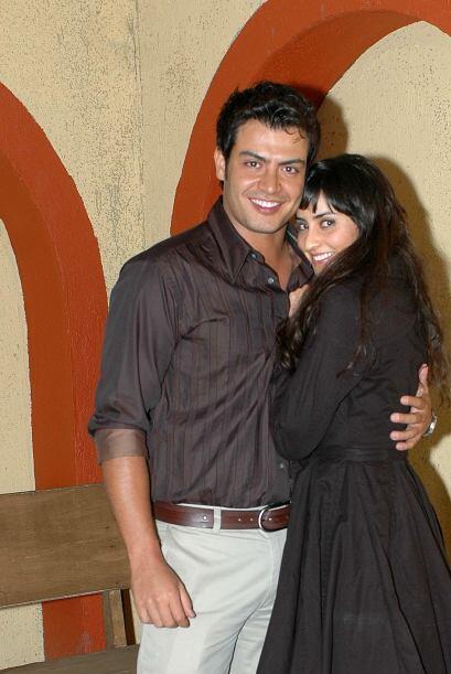 Paola Núñez y Andrés Palacios formaron la pareja juvenil. Esta versión f...