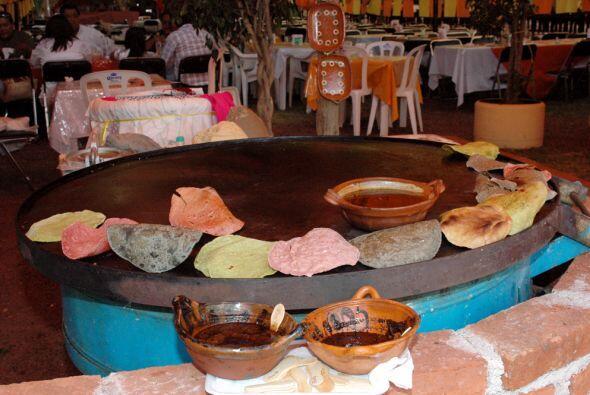 Las tortillas son también parte fundamental de la comida mexicana...