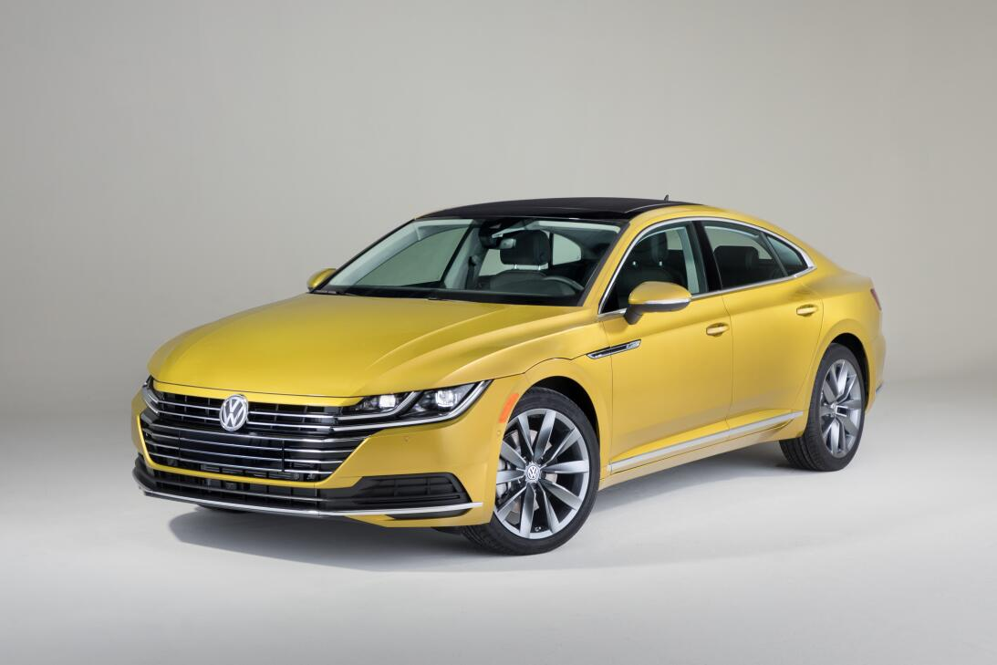 Este es el nuevo Volkswagen Arteon 2019 en imágenes 180204-vw-arteon-026...